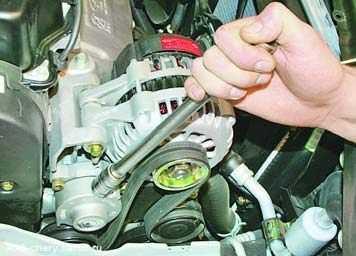 Как снять генератор на чери амулет? - Ремонт авто - от простого своими руками, до контроля работы СТО